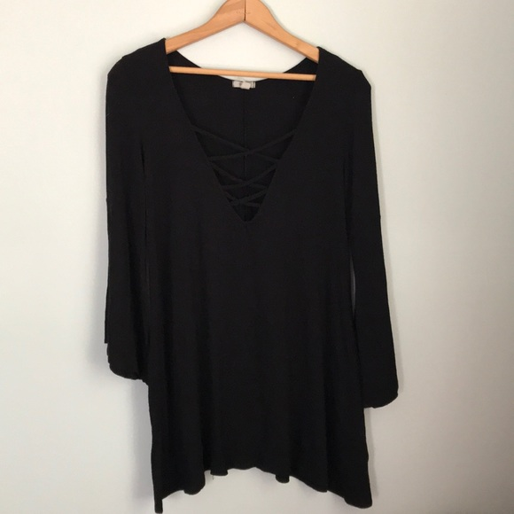 Urban Outfitters Tops - 🛑5/ $25 Ecote stretchy black crisscross neck top